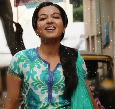 Madras-Movie-Heroine-Catherine-Tresa-Stills (19)