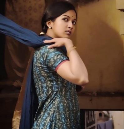 Madras-Movie-Heroine-Catherine-Tresa-Stills (22)