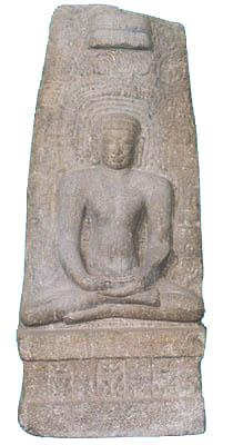 சென்னை வில்லிவாக்கம் பகுதியில் கண்டெடுக்கப்பட்ட 10 நூற்றாண்டைச் சேர்ந்த மஹாவீரர் சிற்பம்...