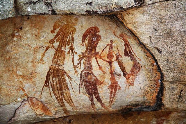 """Bradshaw rock paintings"" by TimJN1 - Bradshaw Art. Licensed under CC BY-SA 2.0 via Wikimedia Commons"